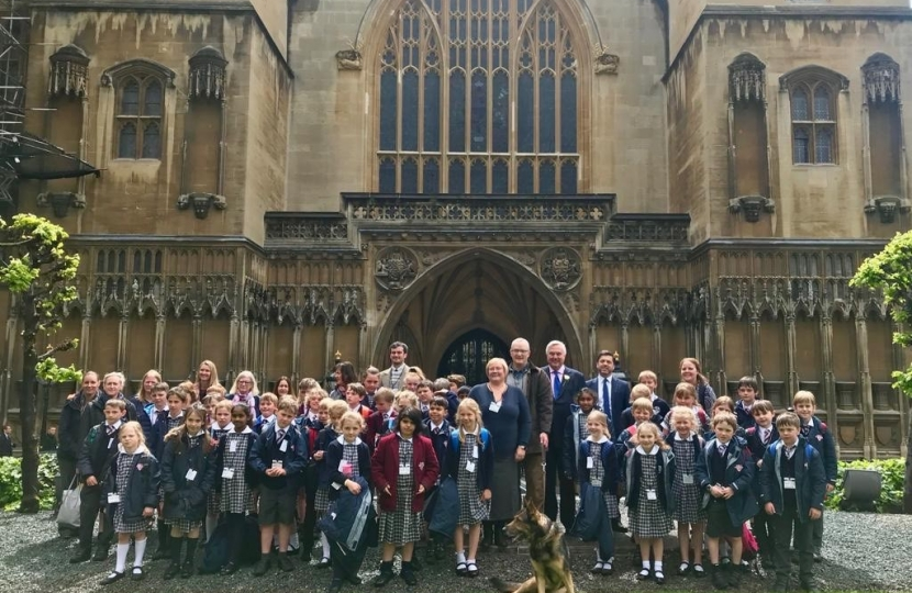 Crabb welcomes campaigning pupils to Parliament