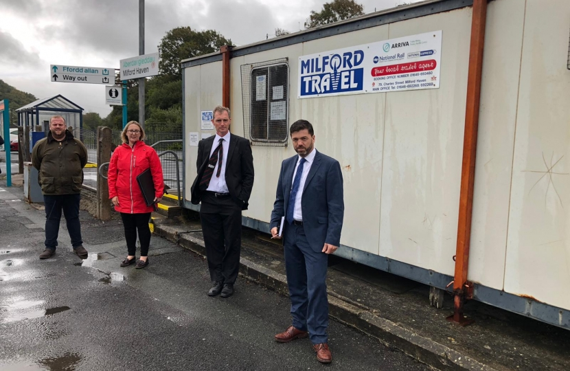 Crabb presses case for town's railway station upgrade